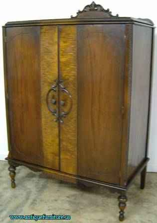 Antique Walnut Gentlemans Wardrobe At Antique Furniture Us